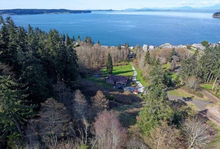 Livingston Bay WA Real Estate